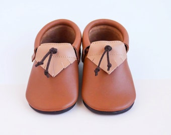 Baby Shoes | Baby Moccasins | Crib Shoes | Baby Booties | Leather Baby Shoes | Moccasin Booties | Newborn moccasins | Baby Shower Gift