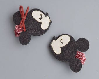 Cute Minnie and Mickey Design Hair Clip Alligator Clip Black Kissing Mouse Set of 2