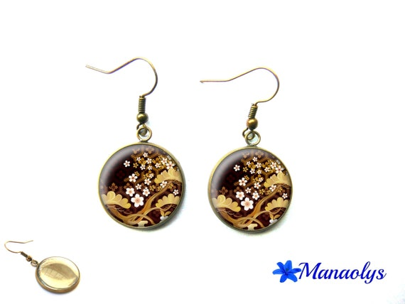Sakura cherry blossoms, Japan, vintage bronze colored glass 3304 cabochons flowers earrings