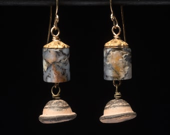 Small agate earrings, subtle danglers with a quiet sensibility and an antique feel, art jewelry, handmade, one of a kind