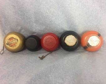 5 Vintage Canadian Cheerio Wood YoYos Yo-Yo Yo Yo