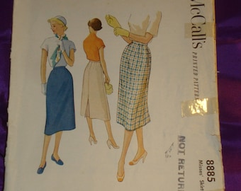 1950s 50s Vintage Slim Bombshell Skirt with Back Kick Pleat COMPLETE McCalls Pattern 8885 Waist 26 Inches 66 Metric