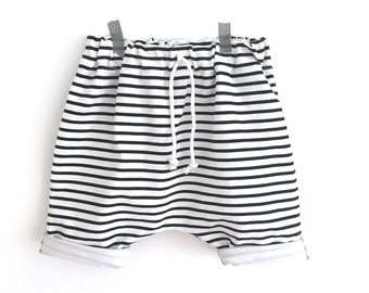 Black  and white Stripe Harem Shorts - Baby shorts - Toddler shorts - Toddler Outfit - Baby boy - Baby girl - Baby Outfit