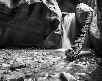 Kanarra Falls - Waterfall in Utah