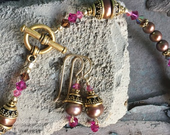 Freshwater Pearls, Swarovski Crystals and Gold Filled Necklace Set