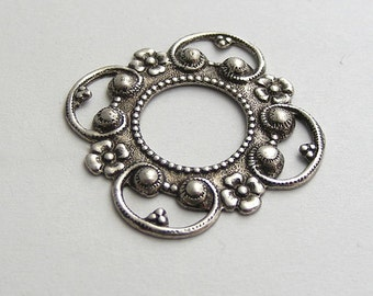 LuxeOrnaments Oxidized Sterling Silver Plated Brass Filigree Connector Setting Frame 24mm (1 pc) T394-VJS AT-3847