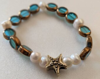 Starfish bracelet with freshwater pearls