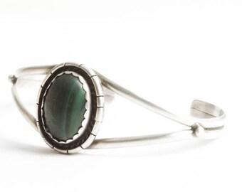 Malachite Bracelet, Vintage Sterling Silver Bracelet with Large Malachite Stone Gift, Adjustable Size 5 6 7, Green Malachite Jewelry (V6848)