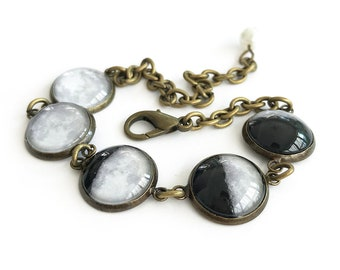 Moon Phases Glass Antique Brass Bracelet