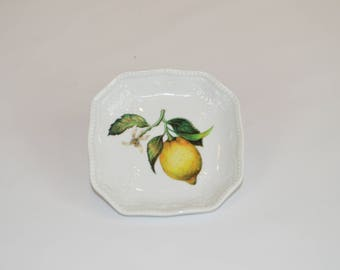"Square 4"" scroll dish (shown with image #  - lemon)"