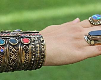 Black aqeeq ring-  Vintage Ring- Saddle ring- Statement ring- Black onyx ring-Stone rings.Afghan Aqeeq Ring- Afghan ring.Bedouin ring-