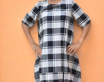 Small - Minoh, Pure handloom kalacotton  Black and white check dress w/d elastic at hem