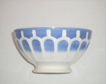 Large Vintage Blue and White Coffee Bowl. Café au Lait faceted Bowls Taditional latte farmhouse ceramic bowl from France 1920 / 1940s
