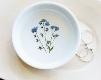 Forget Me Not Ring Dish, Blue Flower Ring Dish, Jewelry Dish, Pressed Flower Ring Dish, Ceramic Dish, Porcelain Trinket Tray