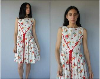 Vintage 50s Novelty Print Dress • 50s Day Dress • 50s Cotton Dress • 1950s Dress • Cherry Print Dress -  (small)