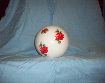 Ceramic with decals of roses ball