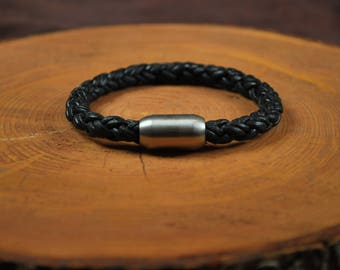 "Men's Leather Bracelet -- Fits 7-1/4"" Wrist"