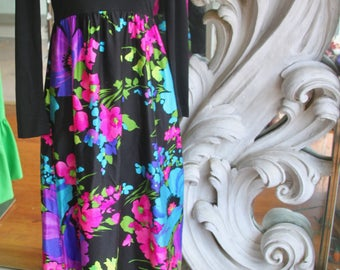 Vintage 1960s - 1970s Julie Miller Empire Waist Colorful Maxi Dress