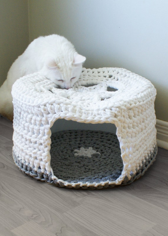 Diy Crochet Pattern Chunky T Shirt Yarn Pet Cave Cat Bed