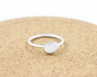 Sterling Silver  Mother of Pearl Ring|Wing Ring |Dainty Ring|Bohemian Chic |Stacking