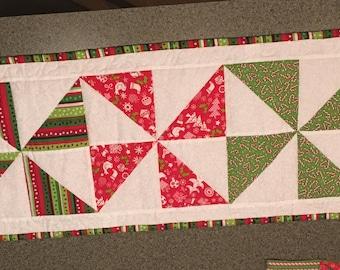 """Christmas Pinwheel Table Runner - 52x13"""""""