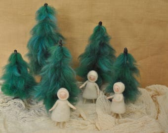 Nature Table Waldorf inspired Winter dolls : Snow child