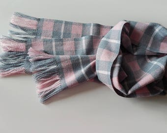 Handwoven merino scarf grey pink women's merino silk scarf, spring scarf, handwoven wrap, grey scarf, pink scarf, plaid scarf, gift for her