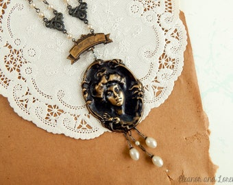 Gothic victorian assemblage necklace / gothic necklace / steampunk jewelry / victorian necklace / victorian lady / victorian bride