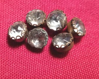 Six decorative glass crystal buttons