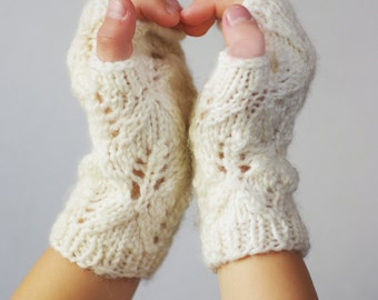 Kids lace fingerless gloves ages 3-5, kids white fingerless mitts, arm warmers, wrist warmers, hand warmers, kindergard accessories