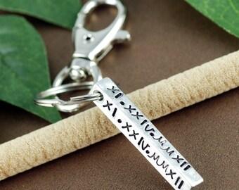 Roman Numeral Keychain, Anniversary Gift, Date KeyChain, Gift for Dad, Special Date Key Chains, GIft for Him, Wedding Anniversary Gift