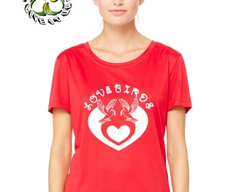 TOXICWAVES  Women's Love Birds  T-shirt with 3 different heart shape design