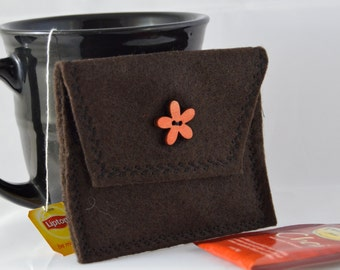 Brown Tea Tote, Reusable Tea Pouch, Brown Tea Bag Pouch, Tea Bag Carrier, Tea Wallet, Felt Envelope, Tea Accessory, Mother's Day Gift