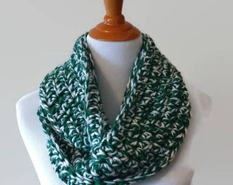Green and White Scarf, Infinity Scarf, White and Green, Crochet Infinity Scarf, Gender Neutral Scarf, Winter Scarf, Knit Infinity Scarf