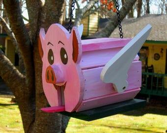 Flying Pig birdhouse