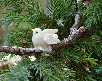 Christmas Twig Decoration: Dove