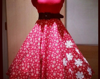 1950's, 50's, vintage, retro, pin-up, style red snowflake Christmas full circle skirt size 29.5 inch waist with white felt snowflakes
