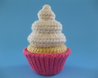Copacetic Crocheter's Classic Cupcake