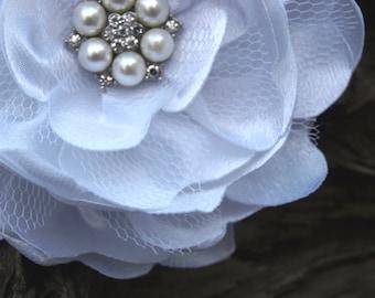White Flower Brooch or Hair Clip