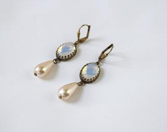 Glass Moonstone Earrings, Vintage Moonstone, Opaline Earrings, 19th Century, Victorian Jewelry, Historical Jewelry, 19th Century, Filagree