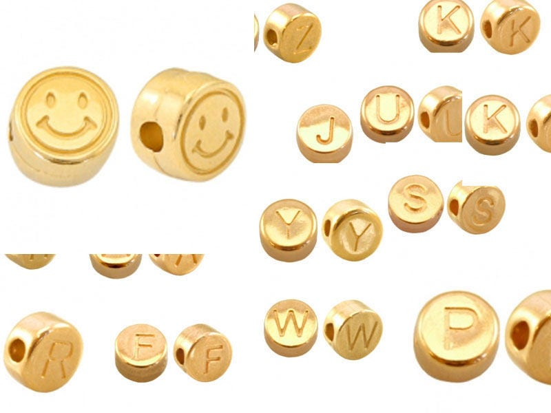 2x Letter Pearl Smiley Gold plated 7mm 4106