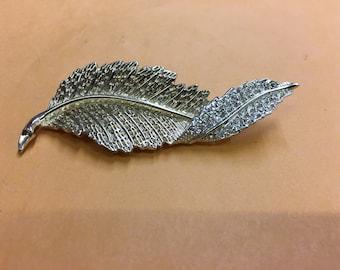 Vintage Sarah Coventry leaf and Rhinestones Brooch
