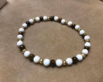 4mm Tiger Eye, Gold Plated, and White Howlite Stretchy Bracelet