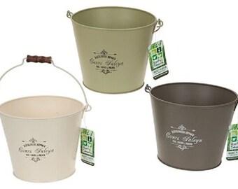 Set of 3 Vintage Style Bucket Planters
