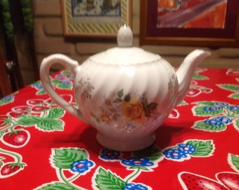 Vintage teapot with yellow rose  designs- Made in Japan