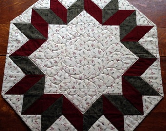 Patchwork Table Topper Quilt - Machine Quilted - Ready to Ship - Traditional - Primitive