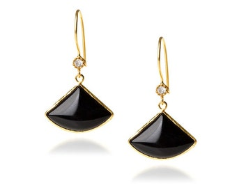 Black onyx Earring with a diamond touch