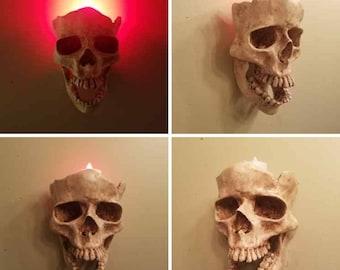 1 Skull Sconce