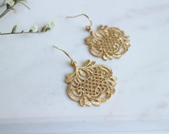 Gold Filigree Dangle Earrings, Gold Lace Earrings, Wedding Jewelry, Gift for Her.