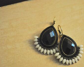 Statement earrings, Black and white, Teardrops, dangles, Handmade gift idea, gift for her.